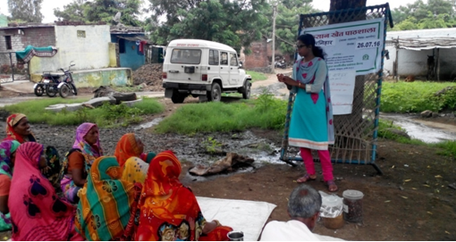 Discussion on IPM techniques(Village- Manihar, Block-Badwah